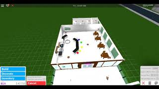 How to make a house on Bloxburg part 3 (ROBLOX)
