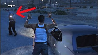 GTA 5 fiveM RP - How To Escape Police When Handcuffed!!