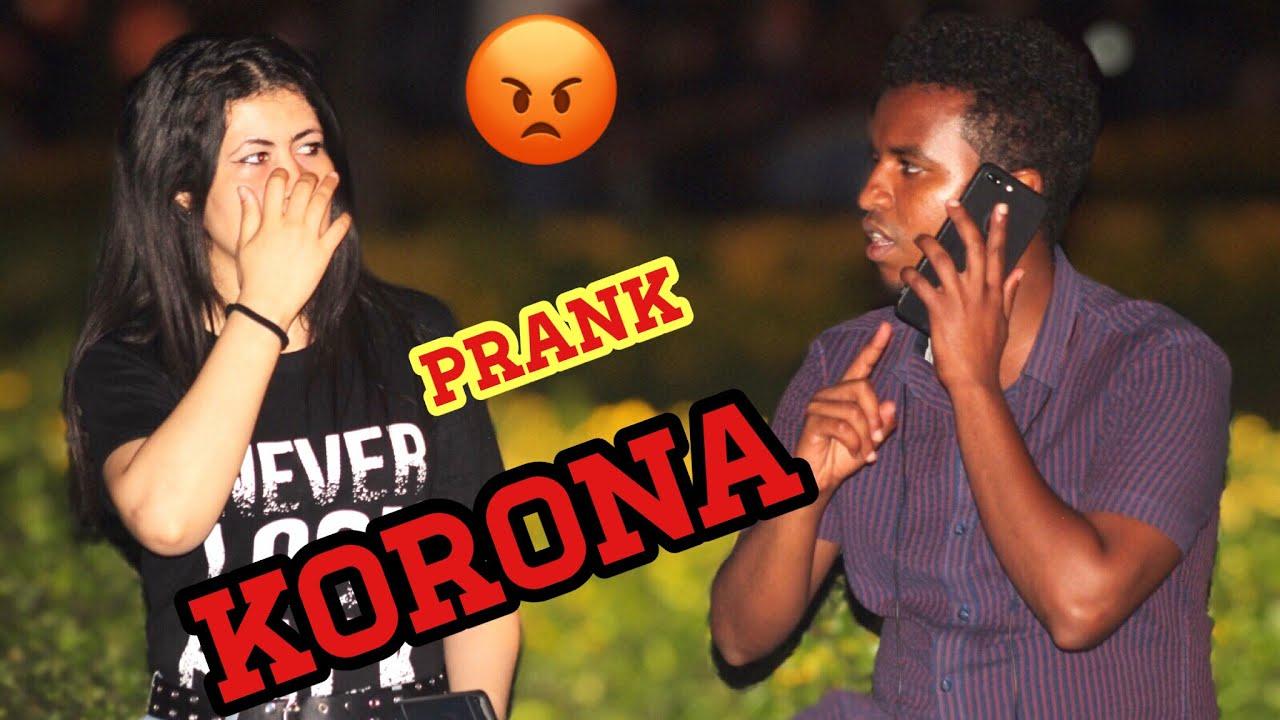 İnsanların yanında Korona oldum demek 😂| çok komik sosyal deney | Korona ayaa qabaa prank