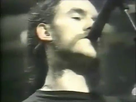 Motorhead  - The Hammer ( lyrics )CC