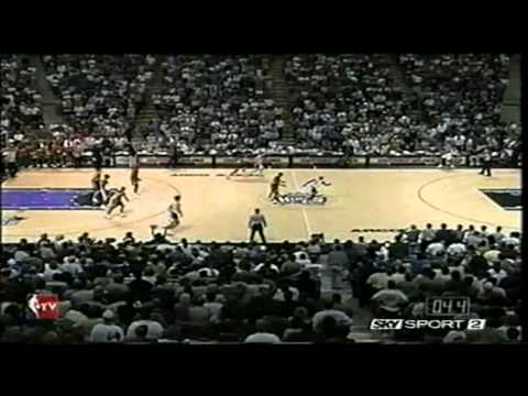 04.15.1999 -Sonics vs Kings - Peja HILARIOUS Buzzer Beater