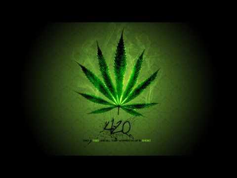 Darius & Finlay feat. Nicco ~ Rock To The Beat  (remix)