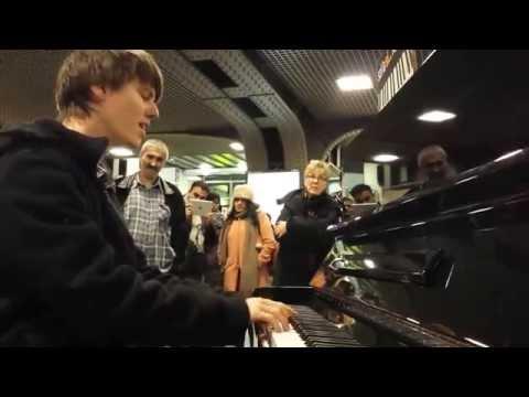 Impressive piano improvisation and singing in public