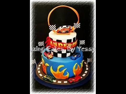 hot wheels race track cake/ pastel de pista de carreras hot wheels