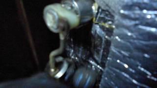 видео Не срабатывает с брелка центральный замок: не закрывает двери водительскую и другие