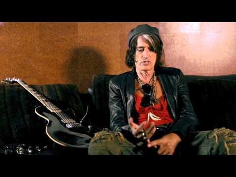 Musician's Friend interview with Joe Perry