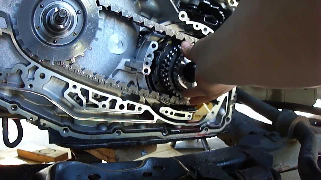 Replacing 4th clutch hub, PCS, TCC: 4T65-E - YouTube