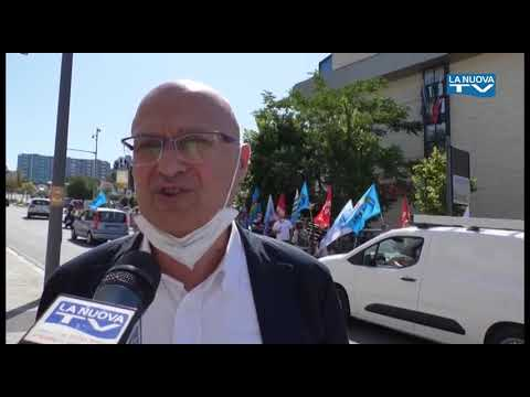 Servizio La Nuova Tg ''Protesta Don Uva'' 30 07 20...