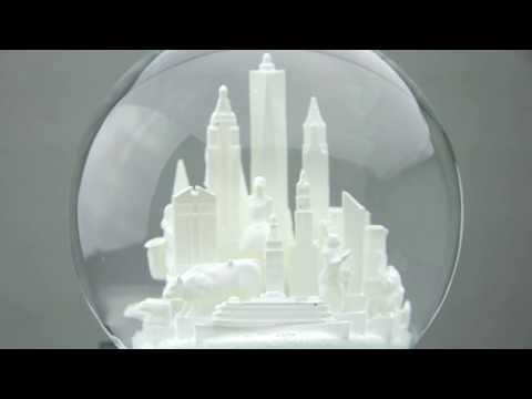 NYC White Snow Globe