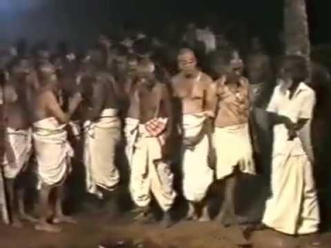 Mukkur Azhagiyasingar's Kaikaryam-01