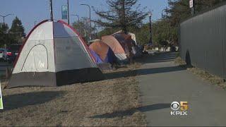 Critics Claim Proposed Berkeley Clean-Sidewalks Ordinance Targets Homeless