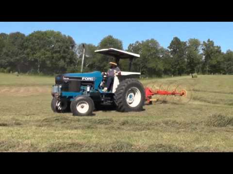 Ford New Holland 5640 Tractor