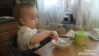 Как научить ребенка кушать самостоятельно- How to