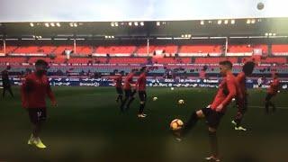 Llegada de los jugadores del C.A.Osasuna al estadio de El Sadar