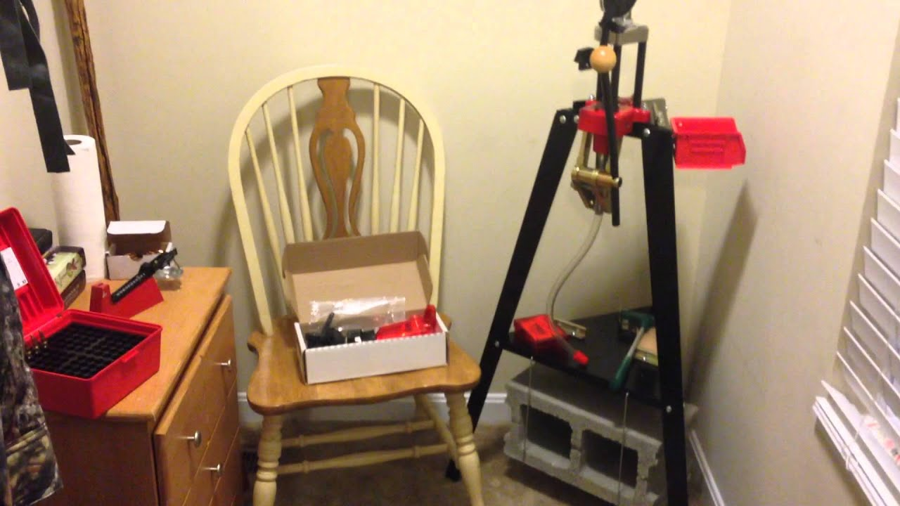 The 3 Best Reloading Benches – Ideas & Reviews 2019