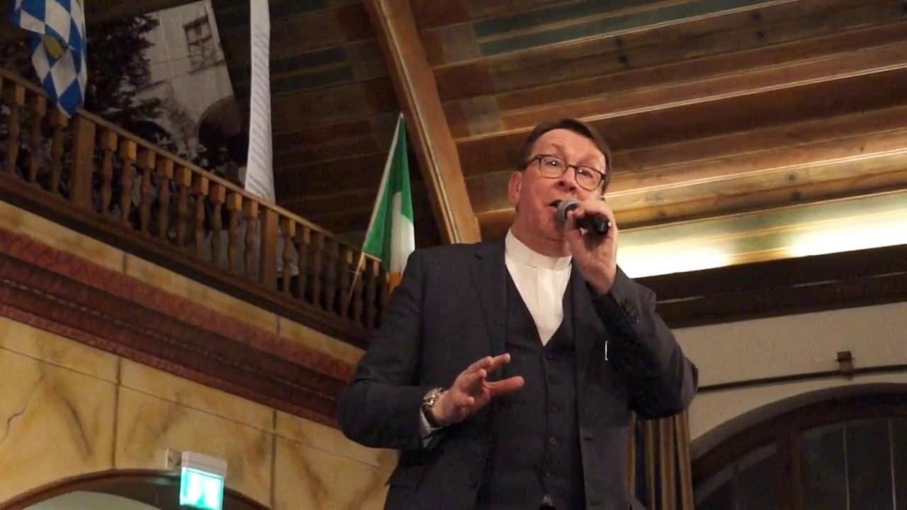 Father Ray Kelly Hallelujah Hofbräuhaus 2017 Youtube