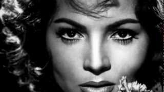 The Beauty of Classic Actresses