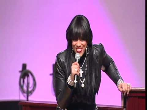 Vickie Winans Tells A Funny Story