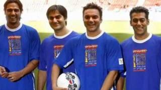Salman Khan & His Family... Papa Kehte Hain Bada Naam Karega