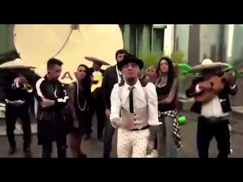 Maria Salvador official video-j -Ax feat.il cile