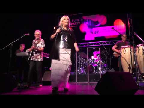 Day By Day - Shakatak (Vocals By Jill Saward) at 7. Augsburg Smooth Jazz Festival (2016)