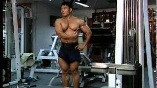 5 ท่าการฝึกกล้ามเนื้อหัวไหล่ โดยใช้กล้ามเนื้อ 1 ส่วน
