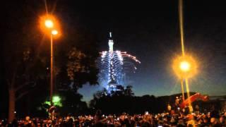 【貴重】パリ・エッフェル塔の花火 2015年7月14日