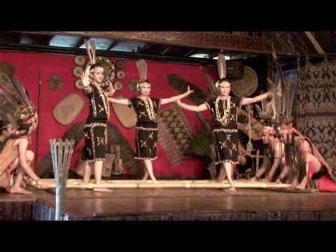 Malaysia / Borneo-Sabah - Monsopiad Cultural Village / Traditional Dances