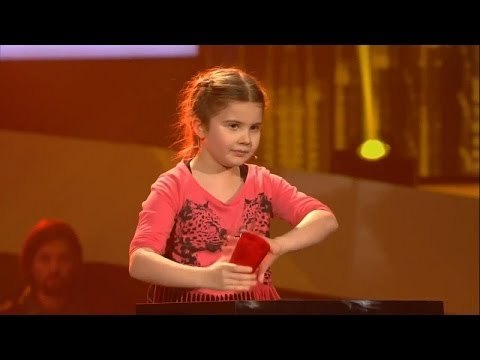 Larissa  Cups  The Voice Kids Germany 21032014