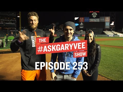 Hunter and Alexis Pence, Supporting Your Spouse, & The Future of Sports | #AskGaryVee 253