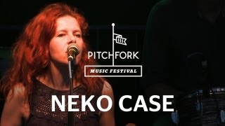 The firebrand singer-songwriter gives her trademark vocal cords a workout in this familiar favorite.subscribe to pitchfork tv so you don't miss any new conte...