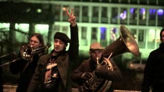Mirko & BreakBeat Brass Band - Viva La Revolucion (Gverila klip)