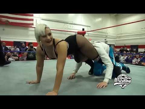 The Platinum Hunnies vs. Brett Domino - Limitless Wrestling (Intergender, Mixed, WWR)