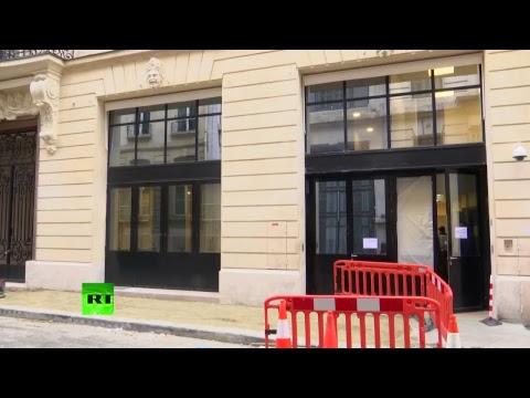 En direct de l'entrée arrière du Ritz à Paris, cible d'un vol à main armée