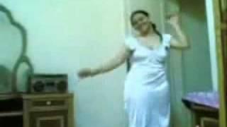 Sara la marocaine danse à Constantine - Montage