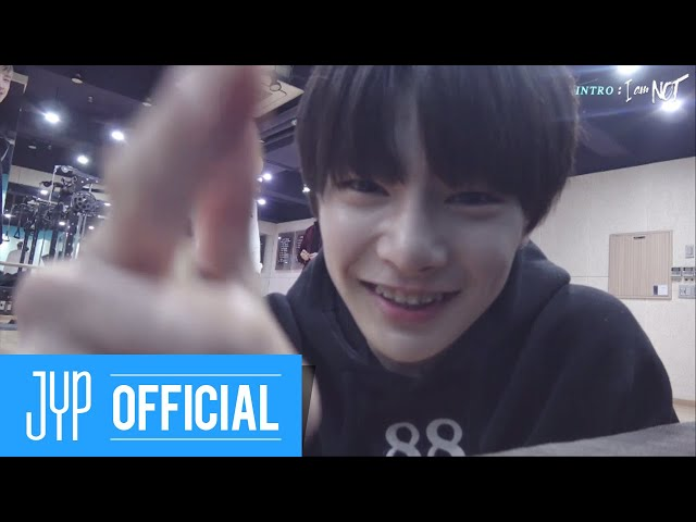 Stray Kids [INTRO: I am NOT] EP.02
