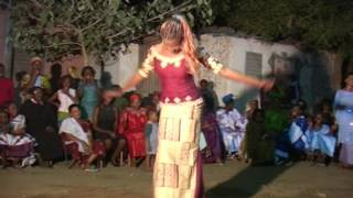 Jembe drumming, song, and dance (2007) hot sandia soloing