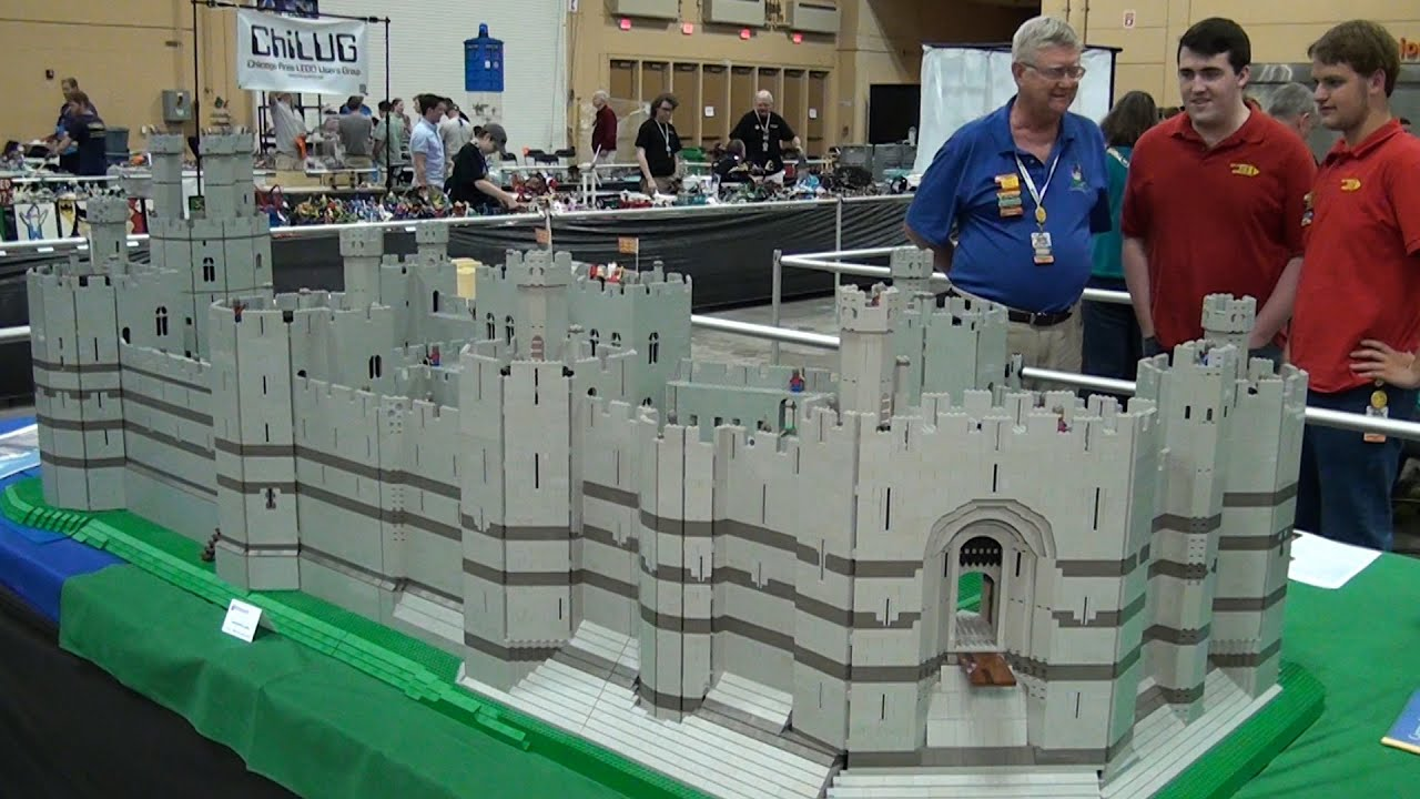 70 000 Piece Lego Caernarfon Castle Brickworld Chicago