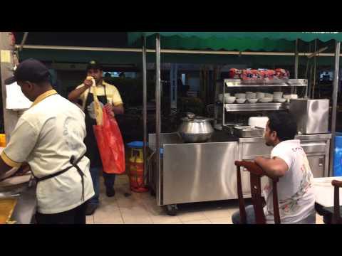 Roti Tissue - Malaysians like their pancake big!