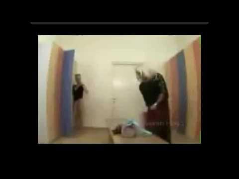 Скрытая камера в женской раздевалке  Розыгрыш