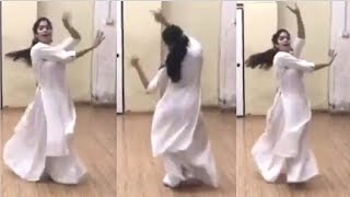Jhanvi Kapoor's DANCE Rehearsal For Her New Movie TAKHT