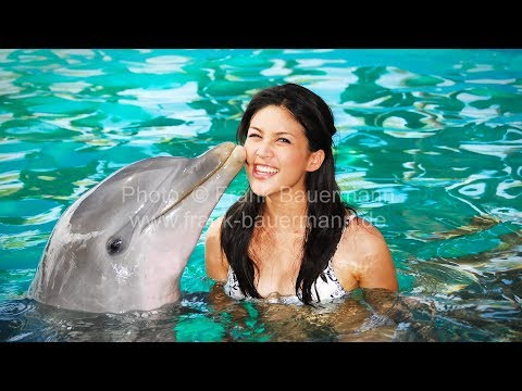 MISS INTERCONTINENTAL 2006 Contestants at the Bahamas with Katarina Manova (Video-Raw)