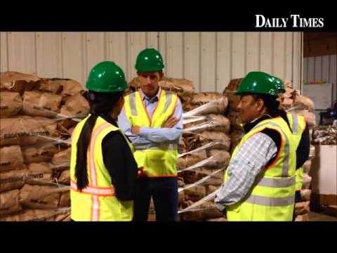 U.S. Sen. Martin Heinrich tours #Navajo Agricultural Products Industry and uranium impacted sites in