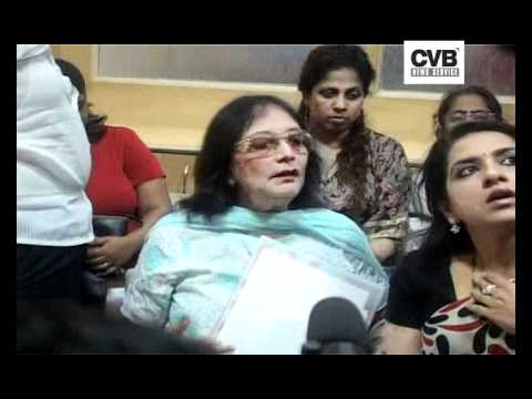 ACTRESS SADHANA SUMMONED BY COURT IN DEFAMATION CASE