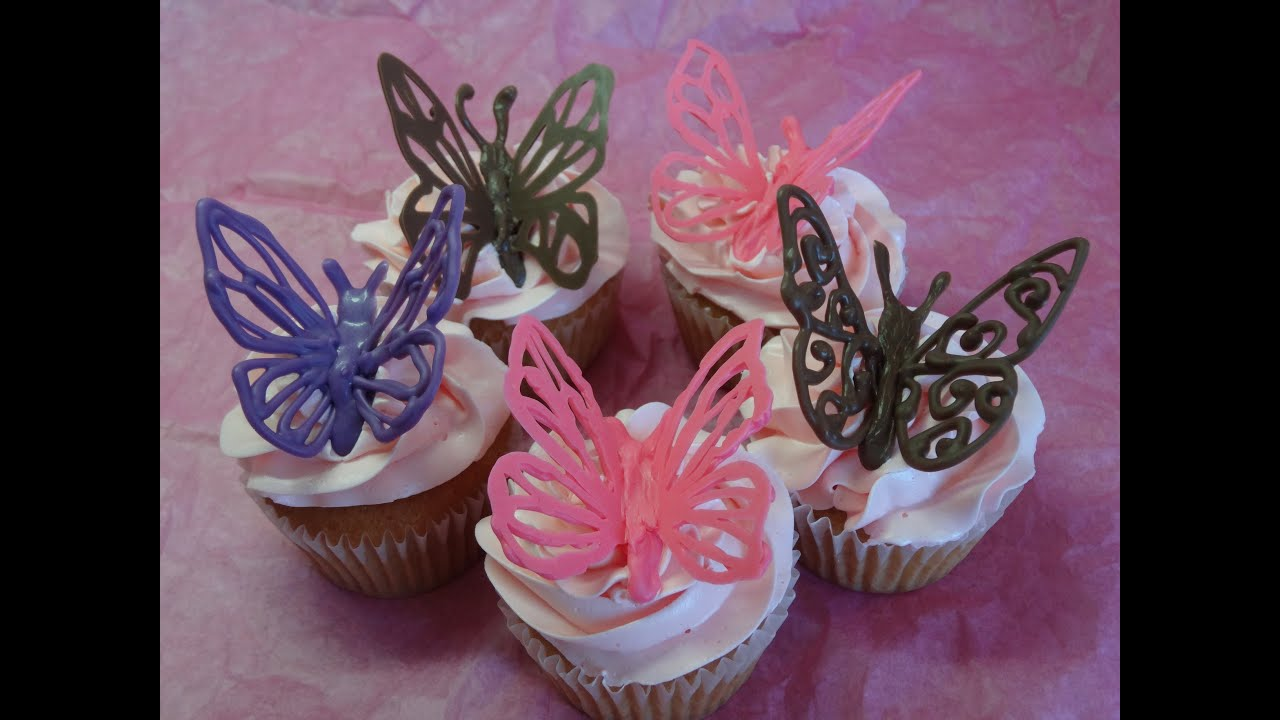 Decorating cupcakes 120 butterflies and love mom for Deco decoration