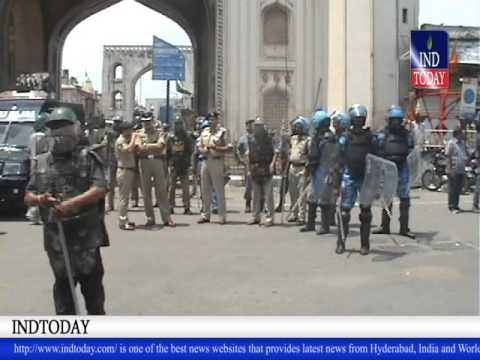 Hyderabad Stone pelting near Charminar; none hurt | Communal Tension in Hyderabad