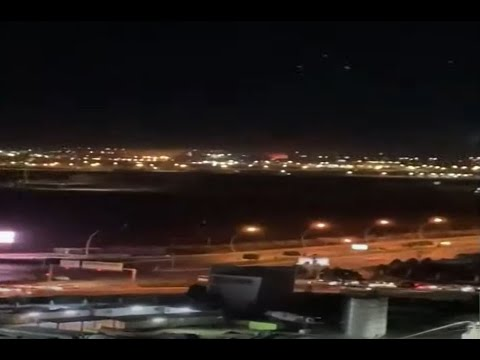 اولى اللقطات بعد القصف الذي استهدف مطار أربيل الدولي بكردستان العراق  - نشر قبل 18 دقيقة