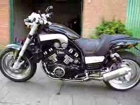 Modded BlackMax Yamaha VMax Doma Exhausts