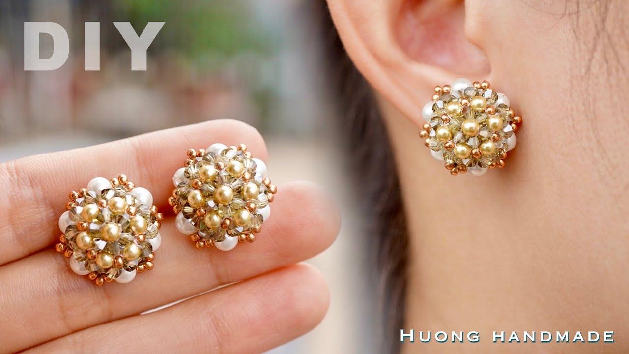 DIY sparkle stud earrings. How to make beaded earring