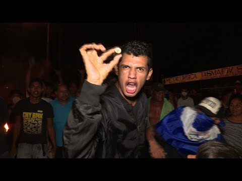 Roads blocked in evening protests in Nicaragua's capital